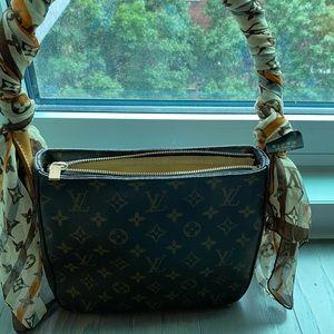 Authentic Louis Vuitton purse 👜